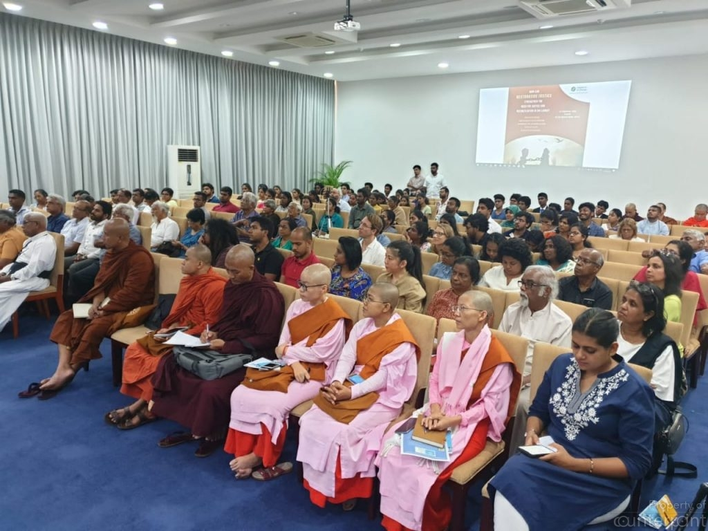 A section of the audience.( photo courtesy Thilina Sandaruwan, IofC)