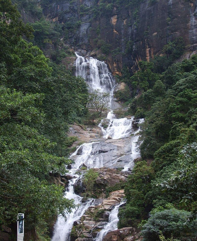 800px-Rawana_Falls